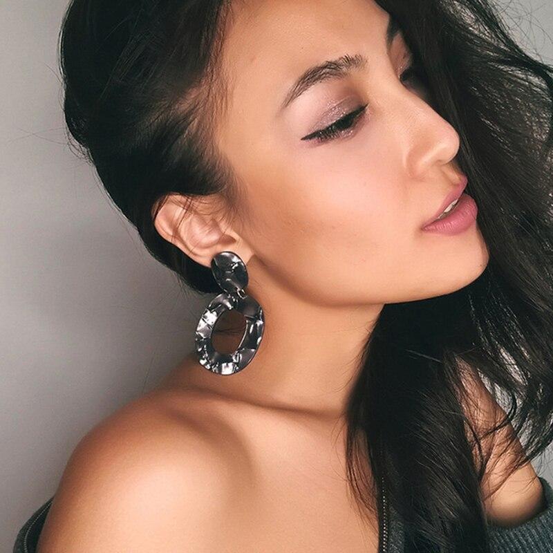 Dvacaman Brand Wholesale Cheap Geometric Oval Resin Party Drop Earrings Women Hot Sale Crystal Statement Earrings Jewelry VV50