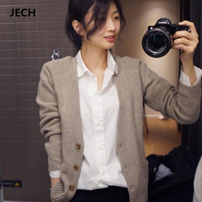 JECH 2018 mujeres cuello en V lana cárdigans Otoño Invierno mujeres caliente Cachemira sólido delgado tejido moda suéteres Casual Abrigos Mujer-in Caquetas de punto from Ropa de mujer    1