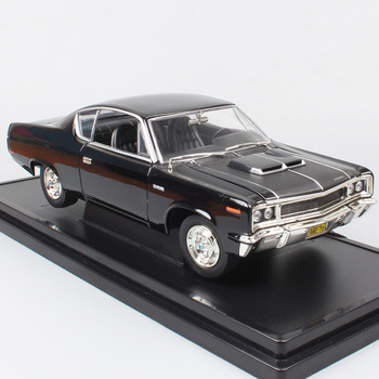 цена на boys 1:18 old 1970 Amc Rebel Rambler classic the scale car hardtop diecast vehicle auto model toy miniature gifts for collection