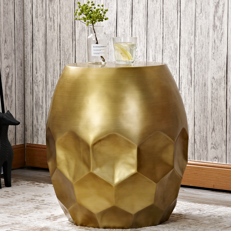 цена Nordic sofa side living room corner bronze drums fashion creative side table personality bedside modern minimalist small table