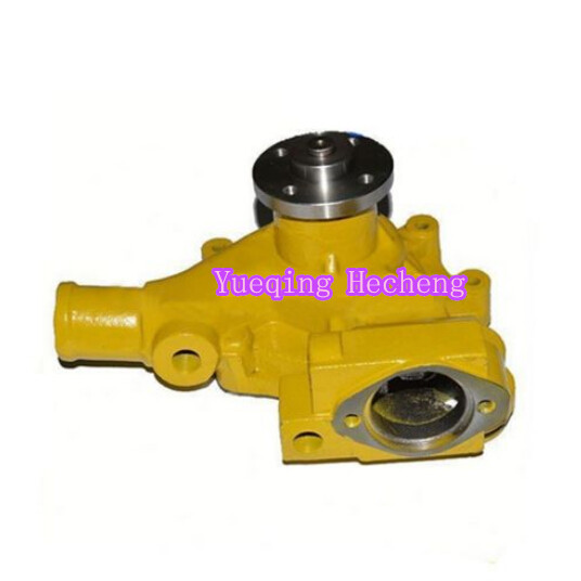 Water Pump 6204-61-1104 For New S4D95 4D95L Engine PC60-5 PC75UU-2 PC120-5 water pump for d905 engine utility vehicle rtv1100cw9 rtv100rw9