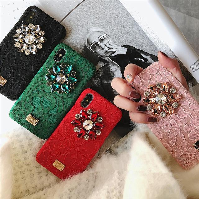Dirt-Resistant Lace Rhinestone Phone Case