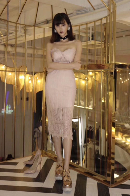 2018 New Women Sexy Backless Bodycon Midi Bandage Dress