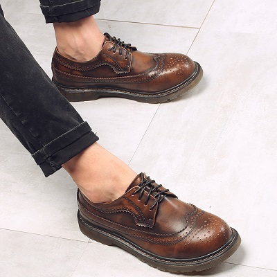Autumn Leather Bullock Men Shoes Brogue Lace-up For Workers England Retro Flat Men Boots Round Toe Men Boots Botas Masculina