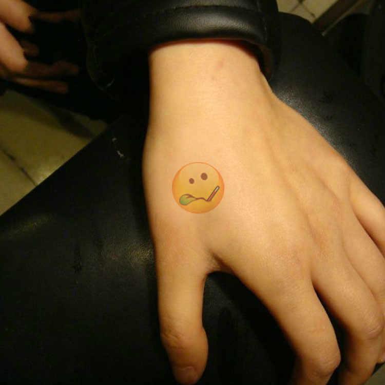 1 pcs Emoji กันน้ำยูนิคอร์นสติกเกอร์การ์ตูน Action Figure action & Toy Figures ของขวัญของเล่นเด็กผู้หญิงเด็กลายน้ำสัก