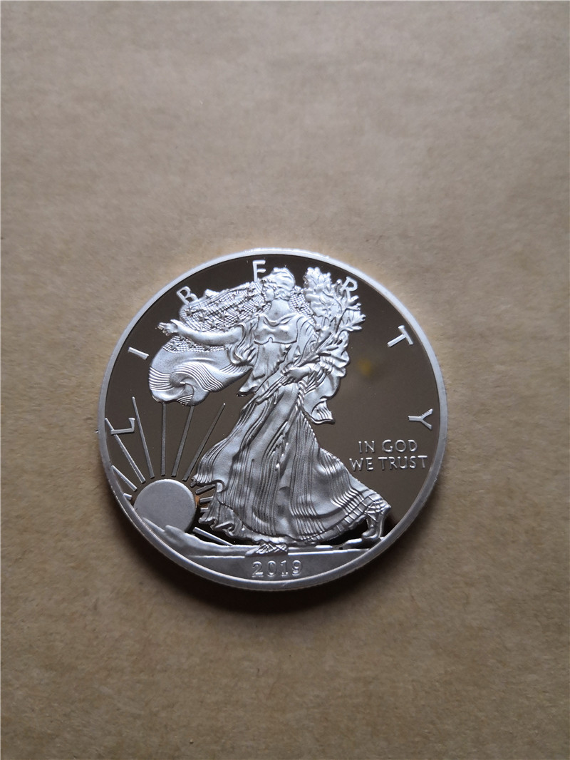 1PC 2016 The Statue Of Liberty Sliver Coin+1 Oz Silver American Eagle Coins