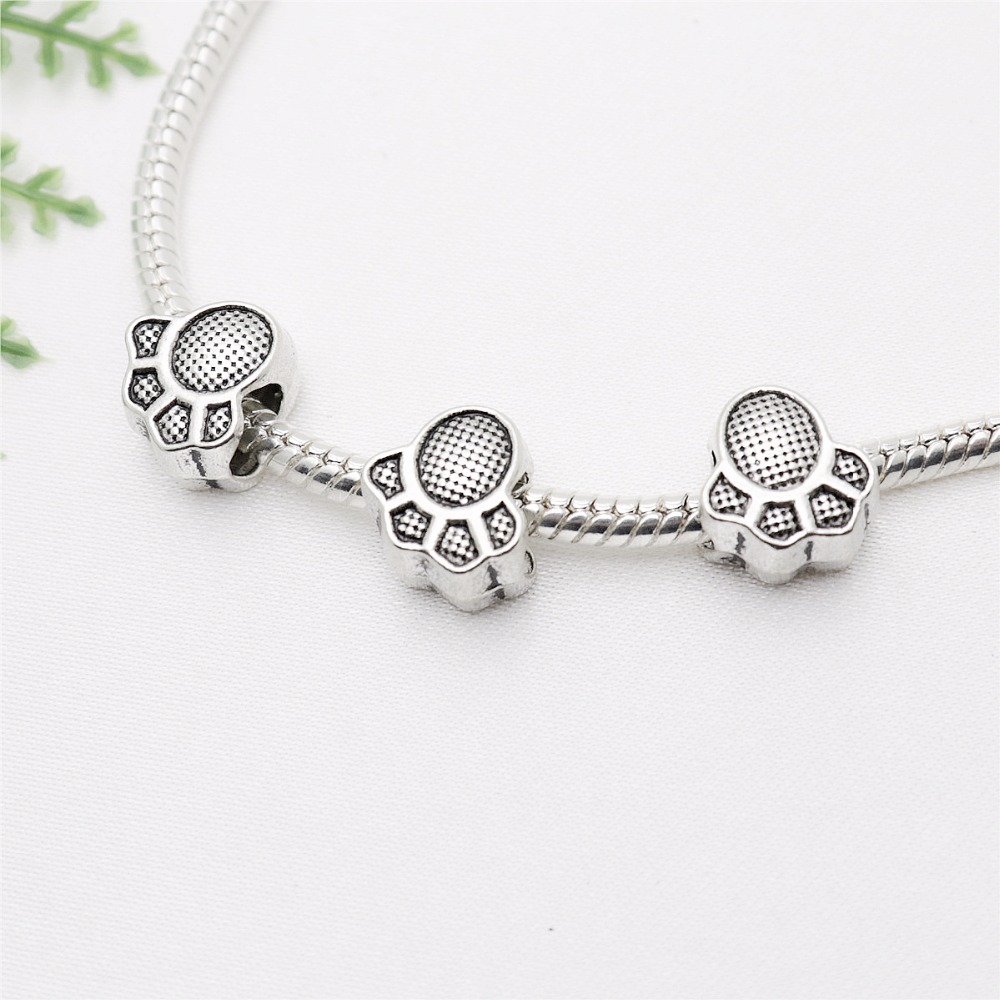 Vintage Silver Bear paw print big hole beads fit Pandora Charms diy European Bracelets Jewelry Making Handmade66pcs/lot