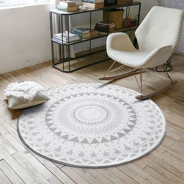 Nordic Style Geometric Patterned Round Carpet
