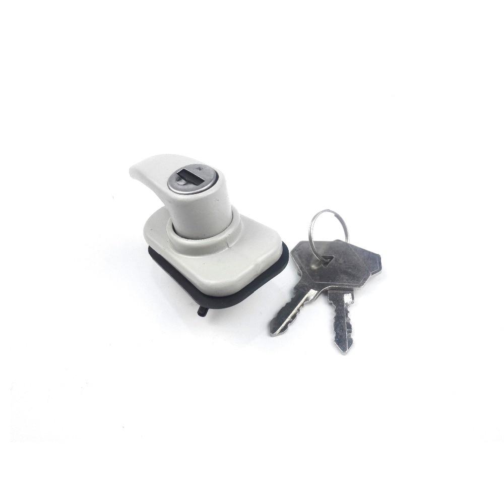 7701460762 Trunk Lid Lock W/key For R4 7701029070