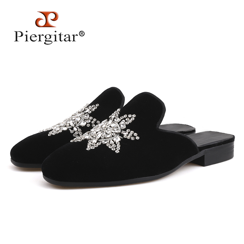 Piergitar Handmade men velvet slippers with crystal Fashion party half designs men's dress shoes plus sizes smoking slippers стоимость