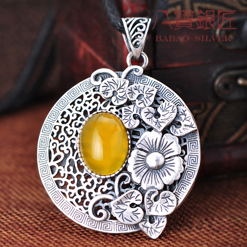 fine silver yellow Pendant silversmith retro Silver Carved lotus female sweater chain Sterling 925 Silver Pendant 925 silver green yellow chalcedony agate pendant buckle female sweater chain large round jade pendant