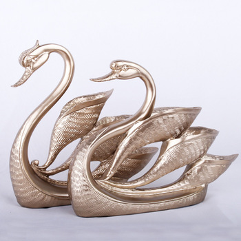 Resin Handicraft European Champagne Color Swan Decoration Creative TV Wine Cabinet Artware Creative Home Gift Figurine A Pair