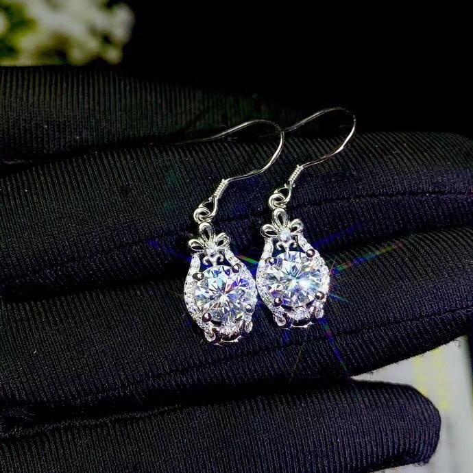 Moissanite maintenant les bijoux les plus populaires du monde 925 en argent Sterling, design classique, clous d'oreilles fille, design de mode