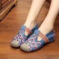 Bordado Nublado Escavar Slip On Canvas Flat Shoes Primavera Outono Novo Estilo Retro Do Vintage Das Mulheres Sapatos de Condução Mocassins Zapatos
