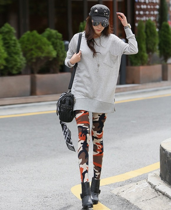 Hot selling Free size Fashion Good Elastic Camo Leggings for Women
