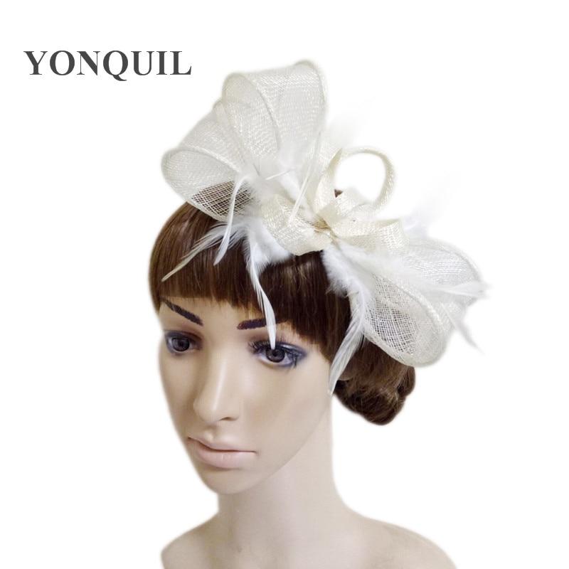 Silver /& ivory fascinate fascinator chapeau//choisir toute couleur satin /& plume couleur