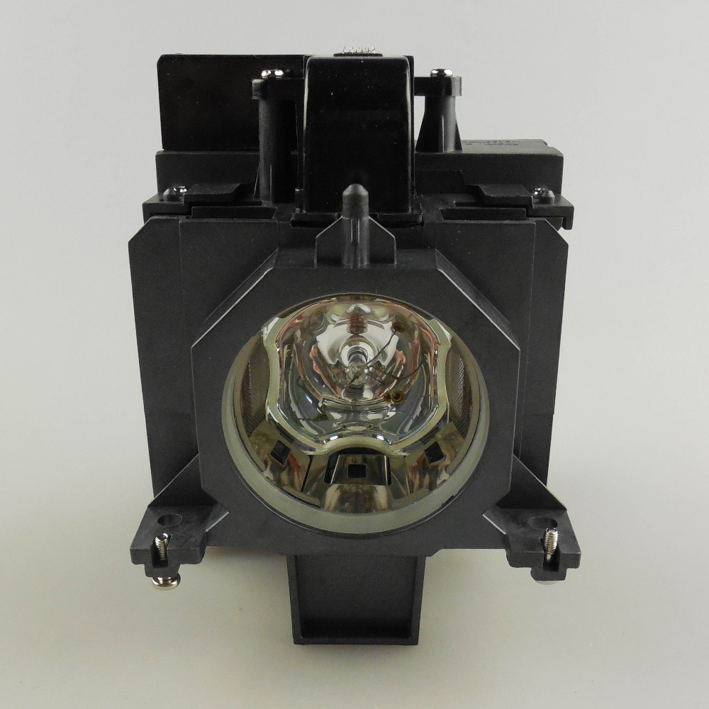 Original Projector Lamp Bulb POA-LMP136 for SANYO PLC-XM150 / PLC-XM150L / PLC-ZM5000L / PLC-WM5500 / PLC-ZM5000 / LP-WM5500 plc xm150 plc xm150l plc wm5500 plc zm5000l poa lmp136 for sanyo compatible projector lamp bulbs with housing