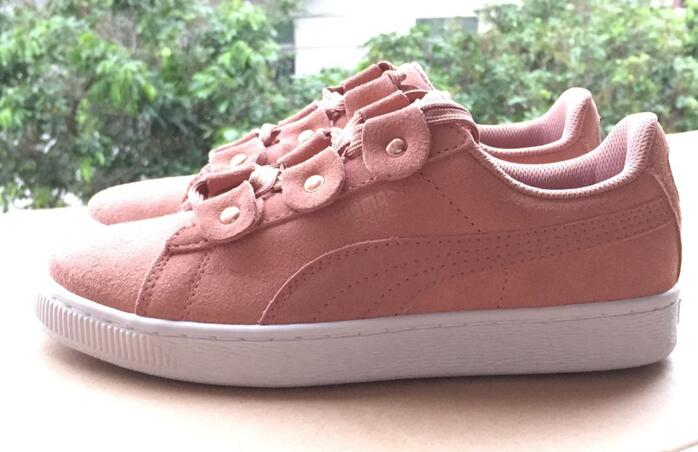 Hotsale Original New Arrival  PUMA SUEDE PLATFORM FL Womens Shoes Sneakers Badminton Shoes size36-39