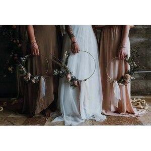 Image 1 - Iron gold metal ring draagbare guirlande kunstmatige bloem rack Kerst krans bruiloft bruid handgemaakte bloemen dream catcher hoepel