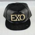 Brand New EXO Logotipo Carta ABA Hip Hop do Boné de Beisebol Da Moda Unisex Snakesking Rapper DJ Rua Snapback Chapéu Das Mulheres Dos Homens de Couro Pu