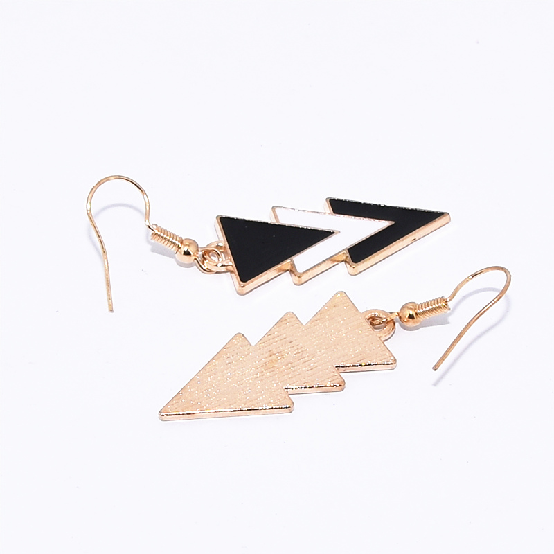 Korea Fashion Geometric Earrings Statement Black White Triangle Dangle Drop Earrings for Women Jewelry Oorbellen Aretes De Mujer 6