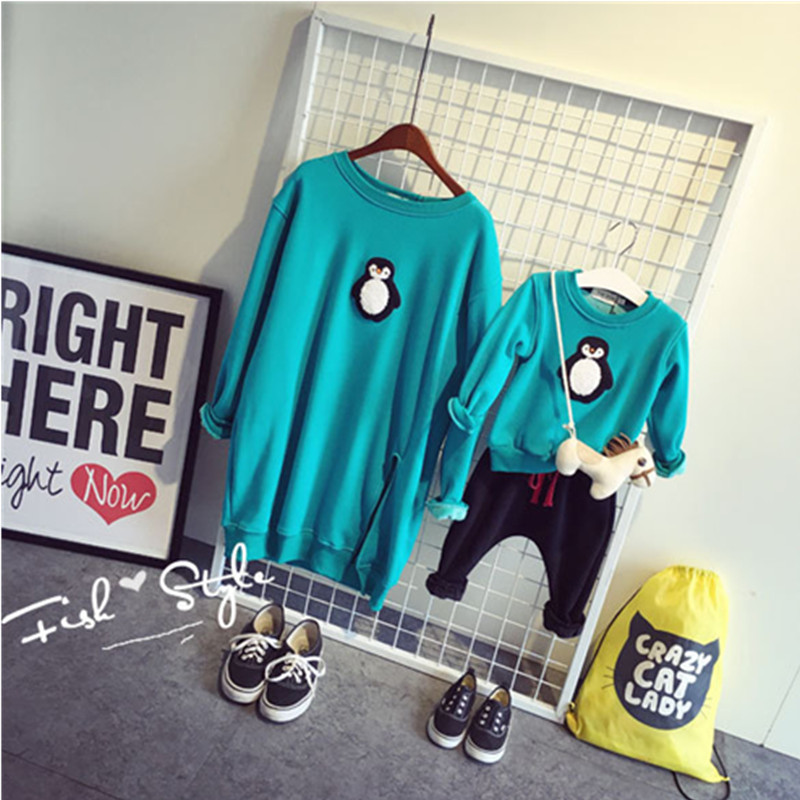 Household Matching Outfits Winter Tops Mom And Daughter Son Lengthy-Sleeve T-Shirt Penguin Christmas Garments Household Look Clothes