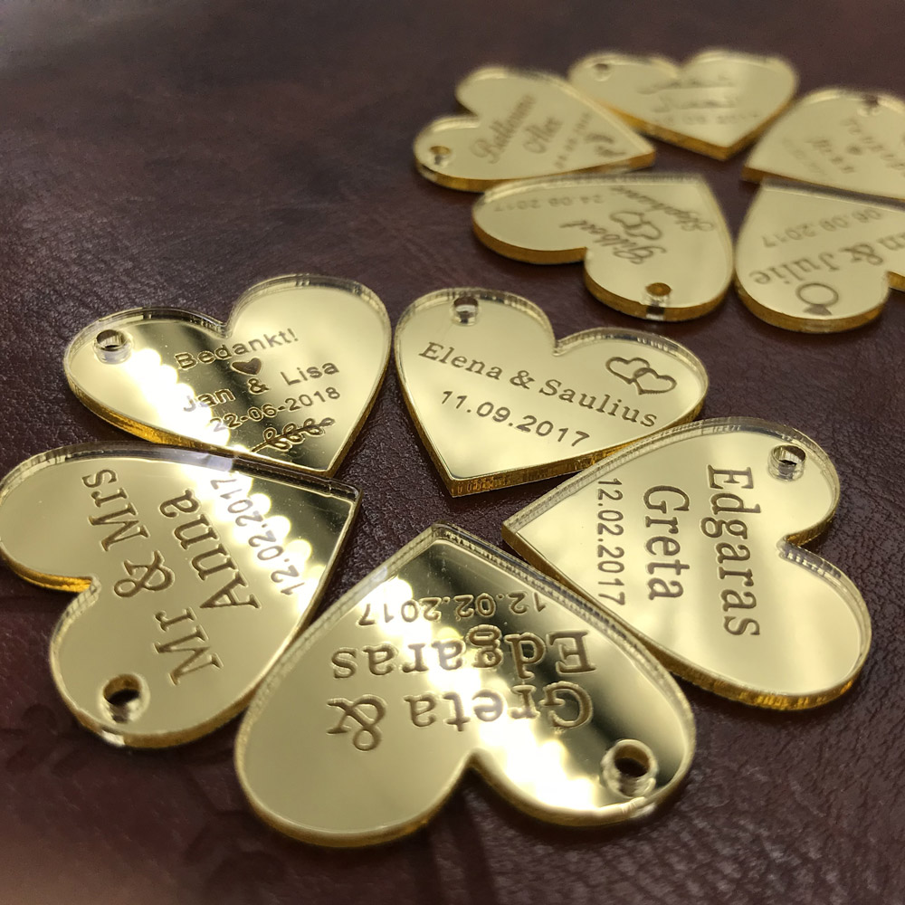 Personalized Engraved Mirror MR & MRS Surname Love Heart Wedding Table Decoration Favors Souvenirs Tags Event Party Centerpiece(China)