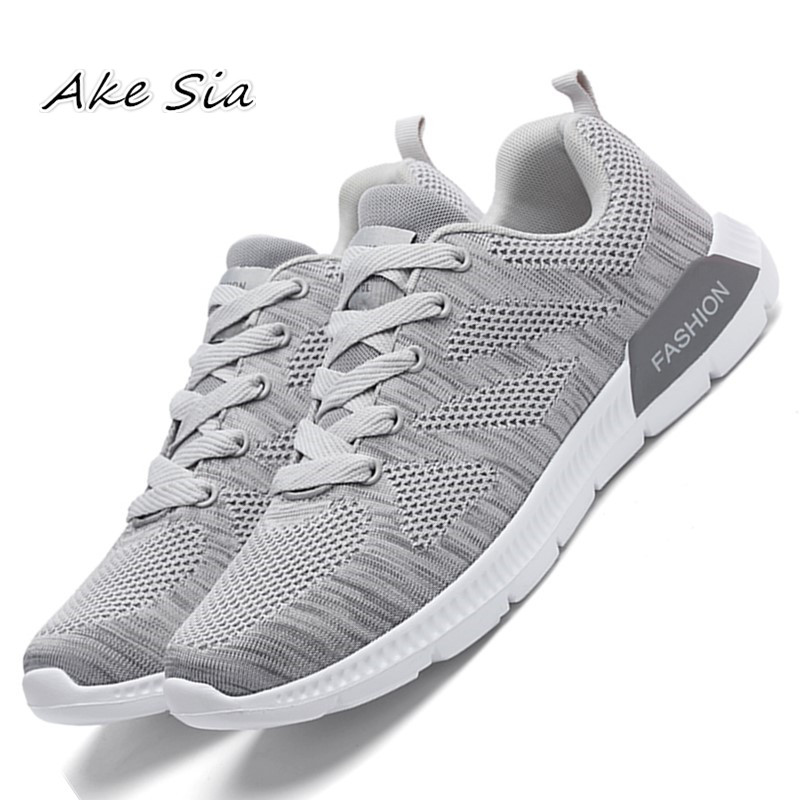 2018 summer new flying mesh shoes couple models breathable lightweight fashion shoes student shoes size 39-45 x70