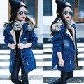 2016 Детей дети девочки джинсовый жакет большой меховой воротник хлопок джинсовые верхняя одежда топы Осень Зима Основной ковбой куртка для девочек