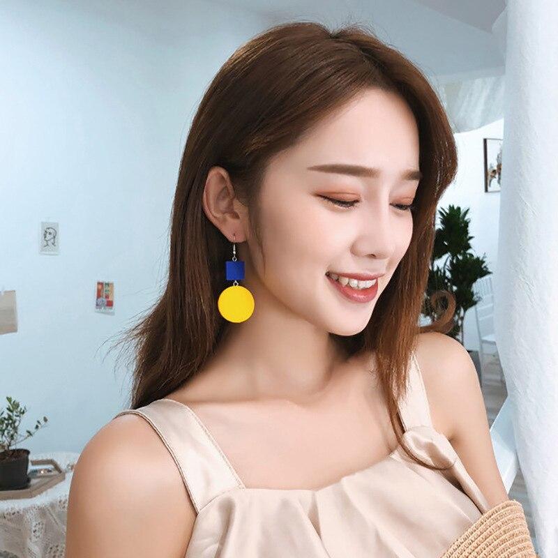 2018 Ladeis Long Drop Earrings Fashion Yellow Round Wooden Pendientes For Women Temperament Koroean Earrings Jewelry Gift