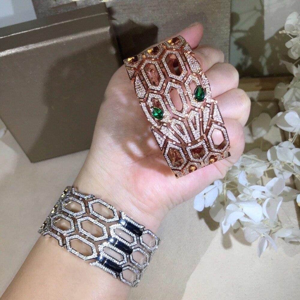Brede band hoge kwaliteit zirconia Hollow animal bangle armbanden designer party sieraden voor vrouwen-in Armring van Sieraden & accessoires op  Groep 2