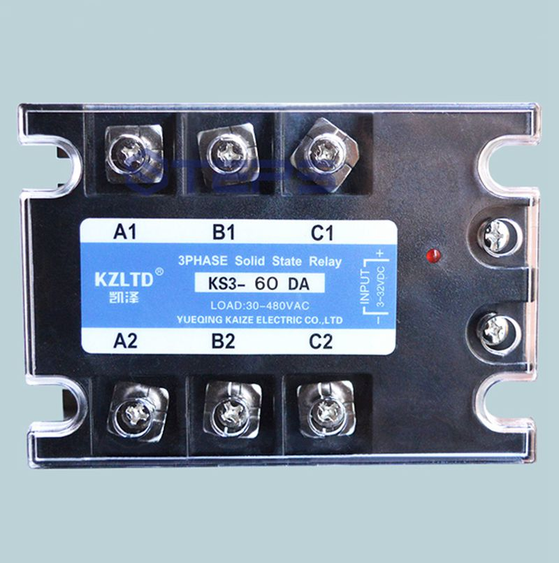 Three-phase solid state relay 60A DC to AC non-contact contactor relay 380V high quality ac ac 80 250v 24 380v 60a 4 screw terminal 1 phase solid state relay w heatsink