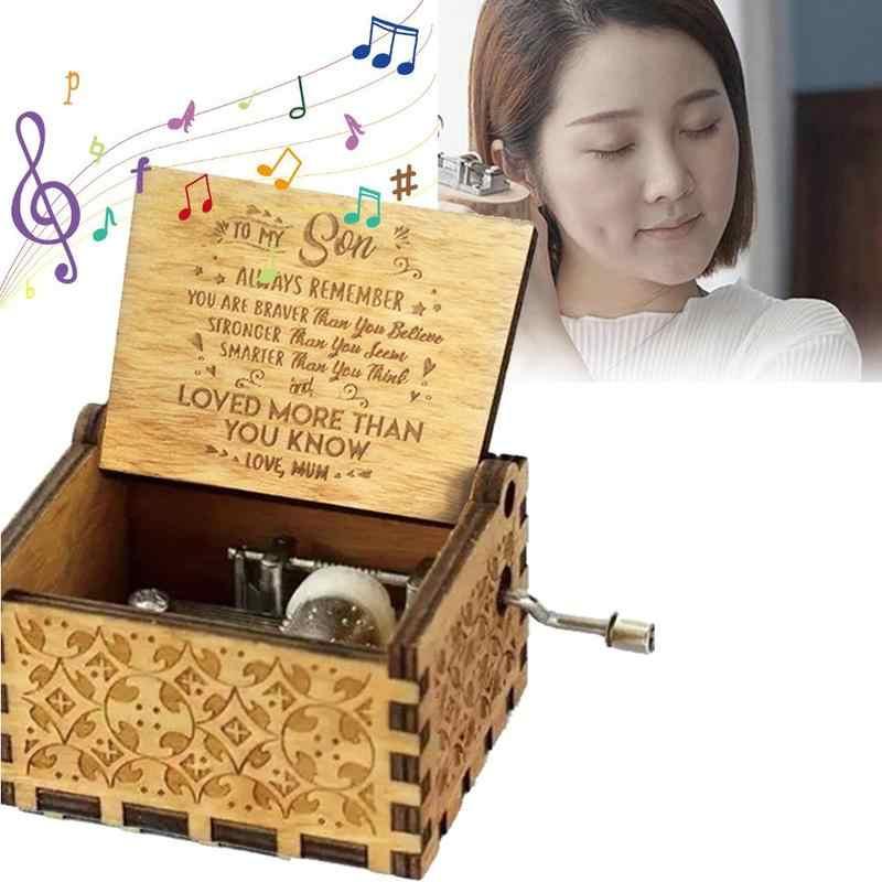 NOVA Caixa de Música de AMOR PAI E AMO MAM Meu Sol Manivela da Caixa de Música De Madeira Cinzelado Antiguidade para o Pai A Mãe e o Filho do Presente de Aniversário Presentes