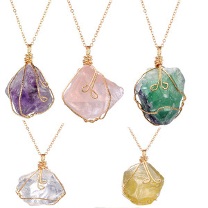 Handmade Wire Wrap Natural Quartz Stone Pendant Necklaces Irregualr Nuggets Amethysts Fluorite Rose Clear Quartz Necklaces Women