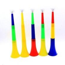 Случайные цвета отправляются деликатный Кубок Мира Vuvuzela Кубок мира колонки Кубок мира труба рупор мирового Кубка 45,5*9 пластиковые украшения