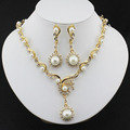 New fashion African Women jewelry set with gold plated imitation Pearl necklace earrings Jewelry drop apparel accessories gift
