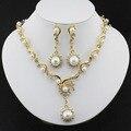 Nueva moda Mujeres Africanas joyería conjunto con el oro plateado collar de Perlas de imitación pendientes de gota de la Joyería ropa accesorios de regalo