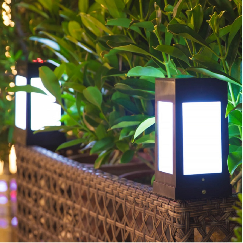 Outdoor LED Solar Pillar Lamps Quadrilateral Shape Waterproof Luminary For Courtyard Garden Lawn Fence Wall Cottage Villa Lights