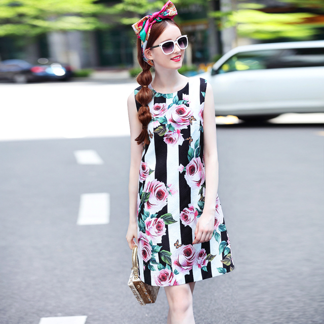 Button Back Flower Floral Printed Sleeveless Dress