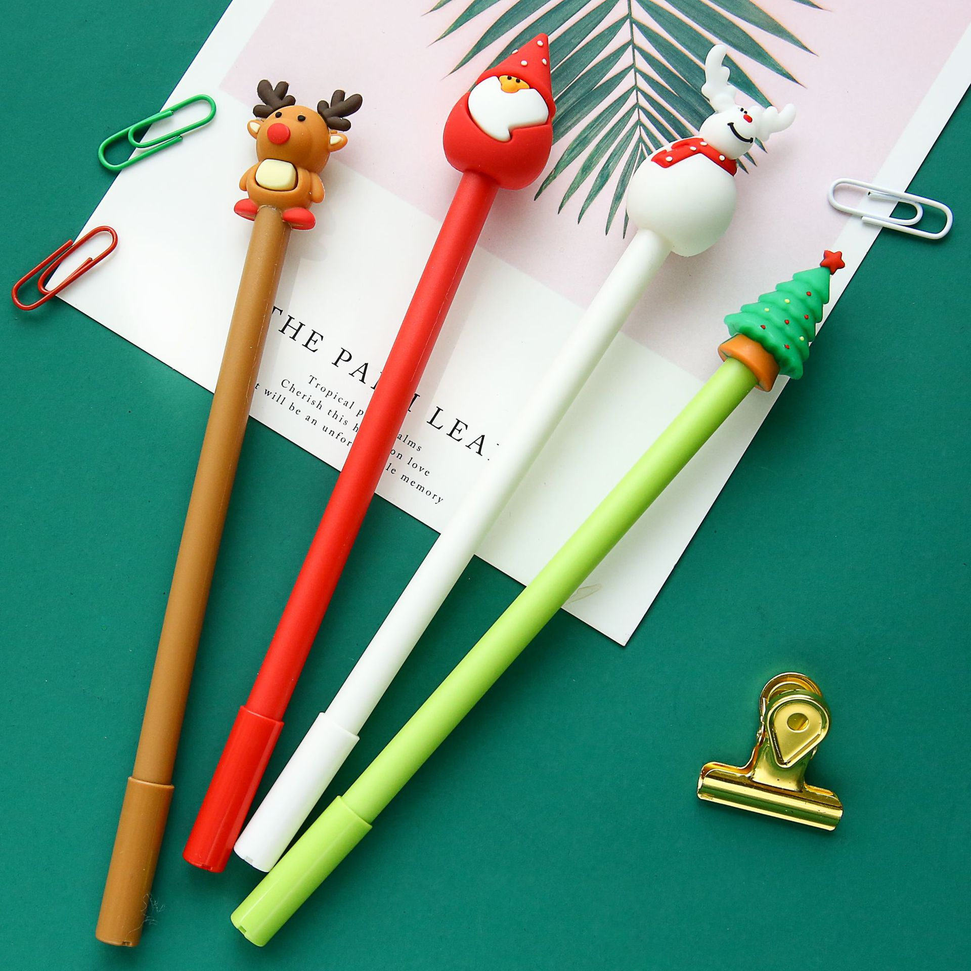 2pcs Kawaii Writing Pens Christmas Santa Claus Black Gel Ink Pens Pens For Writing Cute Stationery Office School Supplies 0.5