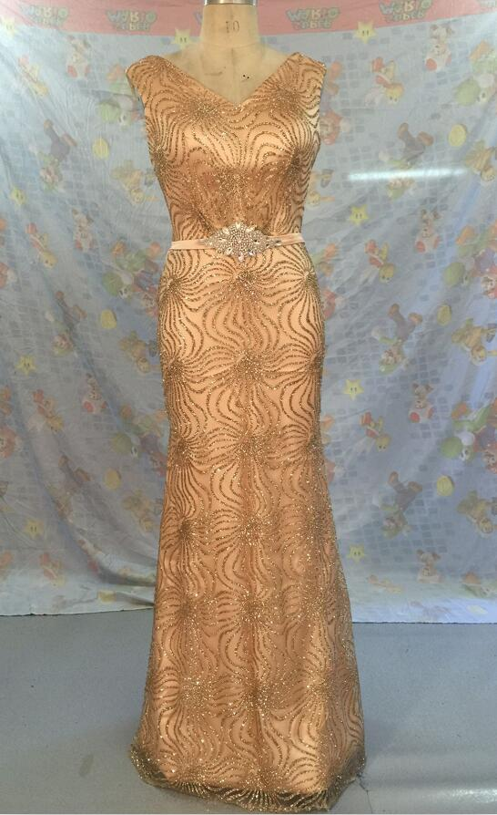 Pluss suurus pikad õhtukleidid 2019 Kuldne merineitsi pulmade kleit kleit V-kaela peigmees pikkade pruutidega kleit vööga