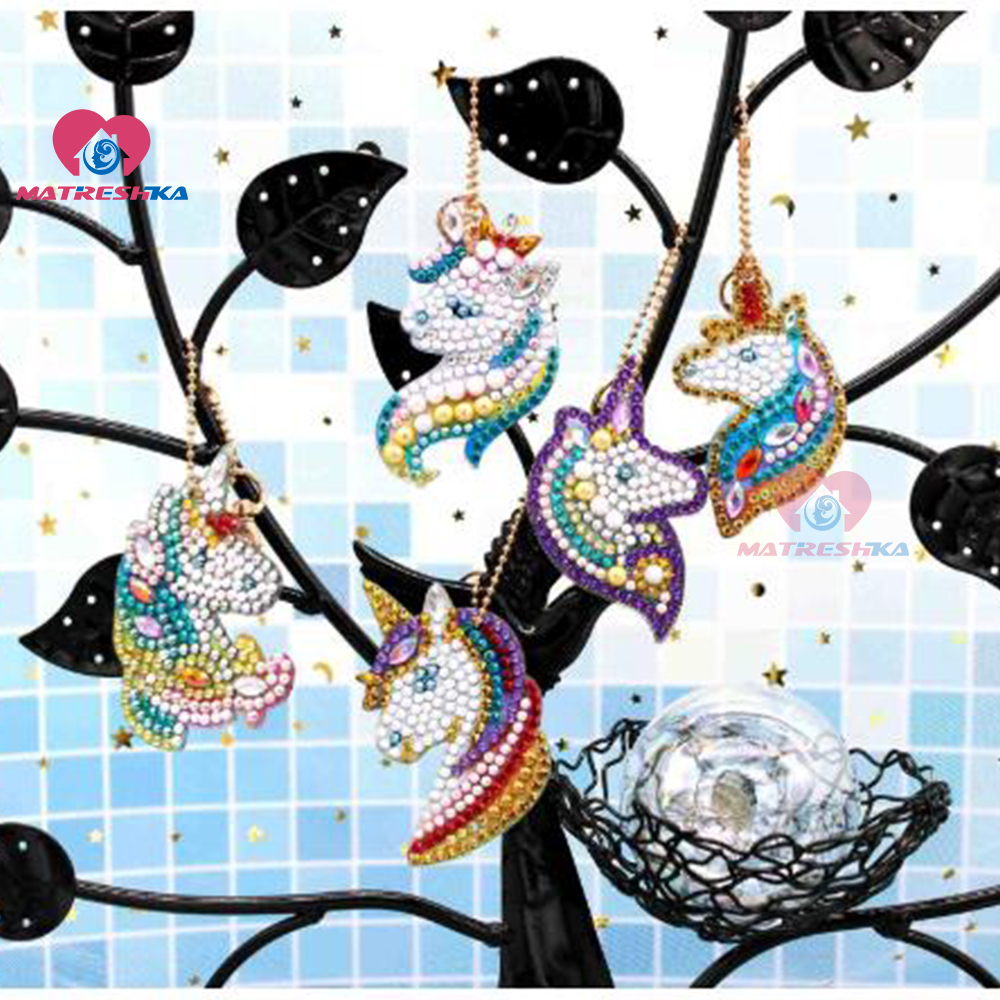 DIY Crystal Pattern Diamond Embroidery 5D Diamond Painting Key Chains Round Unicorn Stickers Double Sided Christmas Decoration