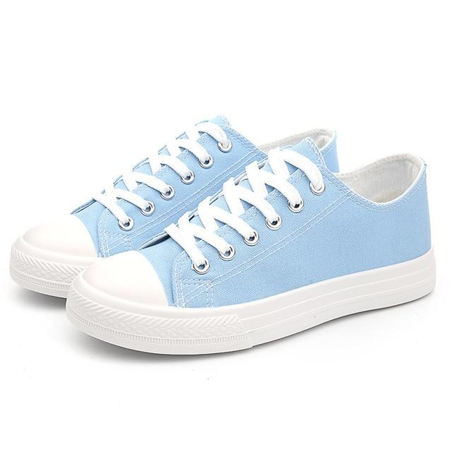 Весной и летом классические низкой холст обувь, чтобы помочь студентам случайные плоские туфли с белой ткани обувь в2