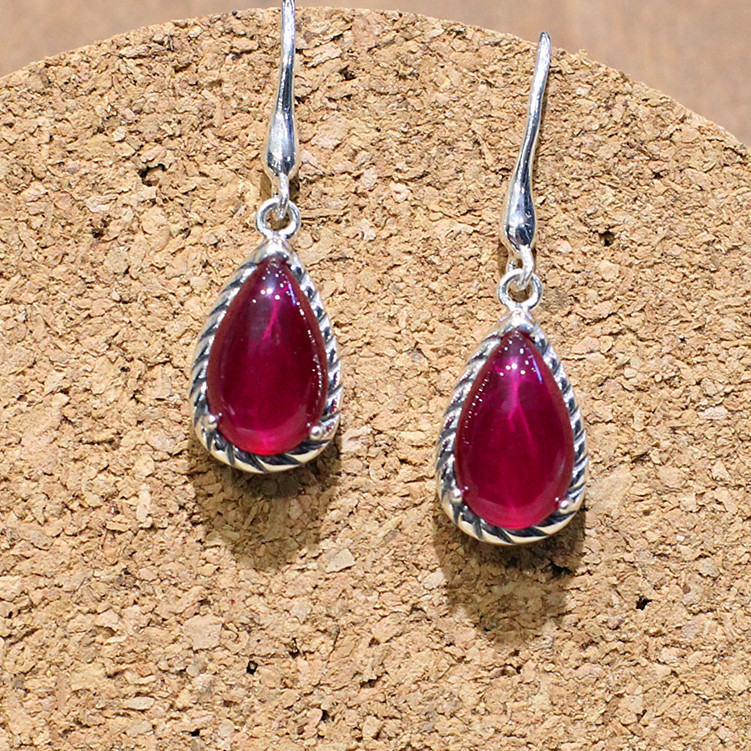 3065d5fb 925 Sterling silver naturalne półszlachetne moda panie red Retro czerwony  korund hollow teardrop Kolczyki w kształcie serca dziewczyną prezent