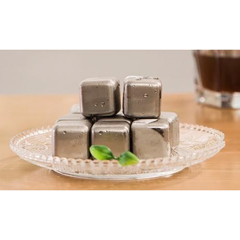 1pcs Stainless Steel Quick Frozen Ice Cubes Cooler Stone Whisky Repeatedly Use Coolers Environmental Safety Strong Durable 3cm
