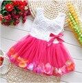 Venta al por menor 1 año de cumpleaños toddle dress para el bebé infantil pétalo patrón floral del partido de pascua vestidos de chaleco ropa roja