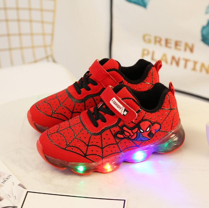 2019 New SpiderMan Luminous Sneakers For Boys Light Up Shoes Cartoon LED Sneakers Kids Shoes with Light2019 New SpiderMan Luminous Sneakers For Boys Light Up Shoes Cartoon LED Sneakers Kids Shoes with Light