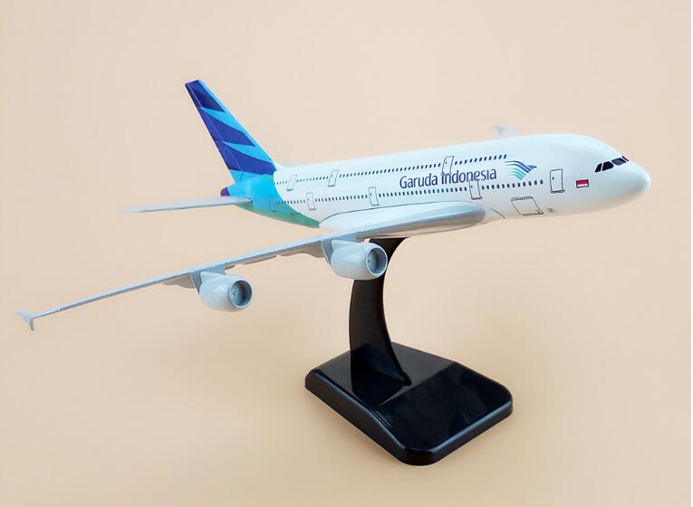 19cm Collectible Airplane Model Indonesia Airways A380 Aircraft Alloy Plane Model Diecast Souvenir Vehicles Gift Toy
