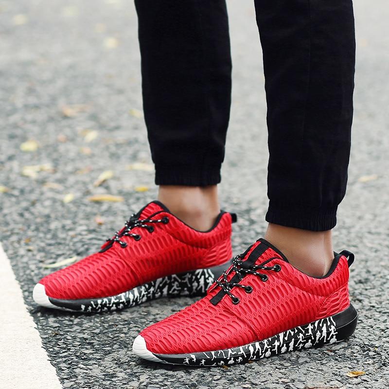 DQG Big Size Menneskesko Breathable Mesh Male Light Running Sportssko Flat Jogging Sneakers Outdoor Athletic Trainer