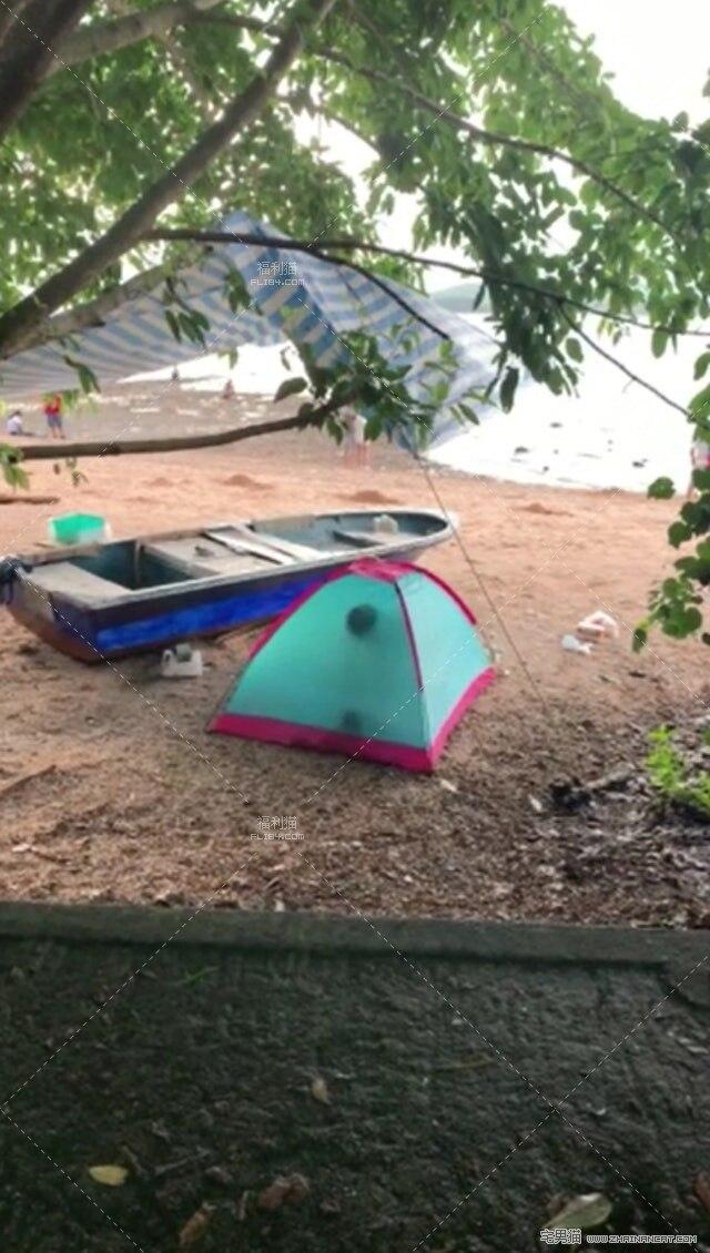 沙滩帐篷内疑打野战叫床声超大!竟被路人拍下全过程!